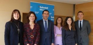 signatura conveni Grup Carles Banc Sabadell BStartup - La Veu de l'Anoia - VeuAnoia.cat