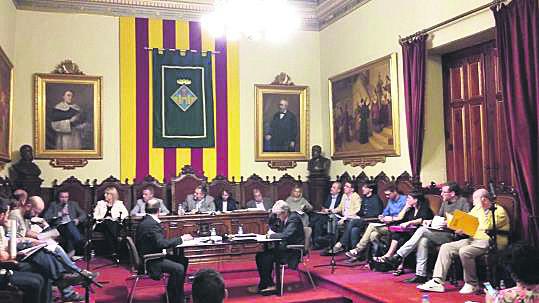 eix-ple-municipal-de-vilafranca-del-penedes-84043