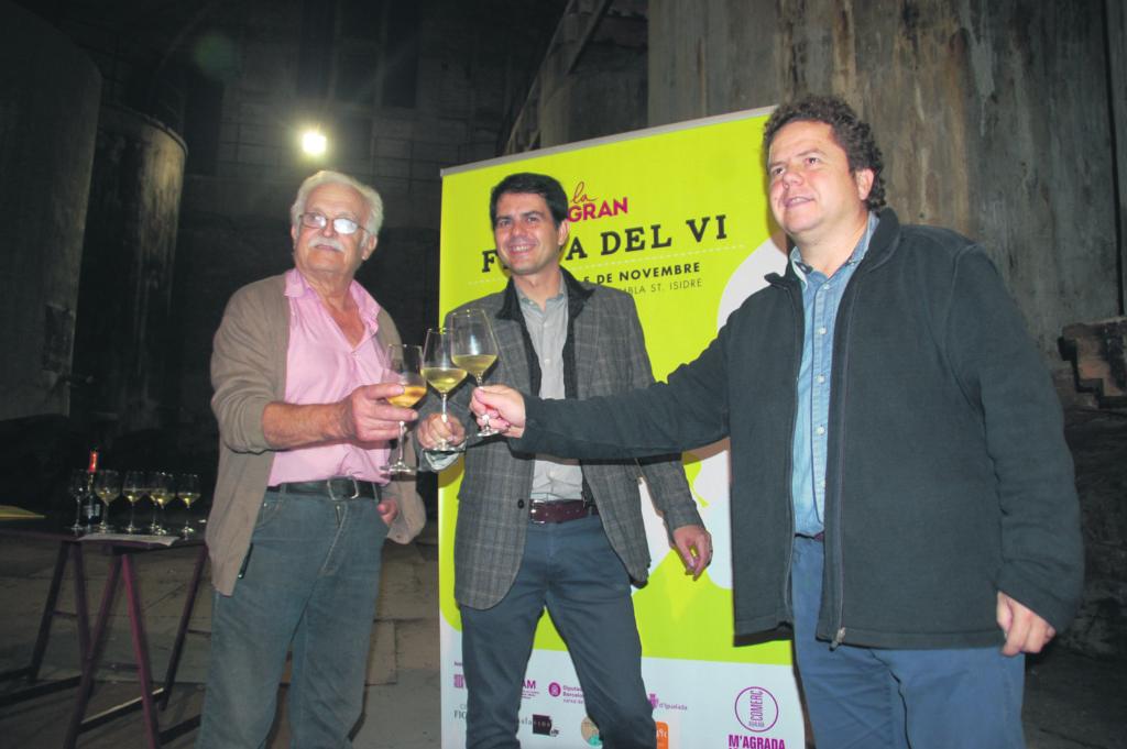 L'antic celler de César Carbonell va ser l'escenari de la presentació.