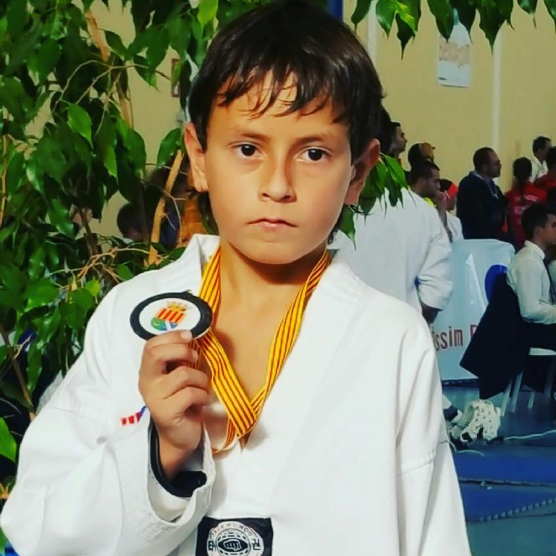 Marc Aguilera, amb la medalla.