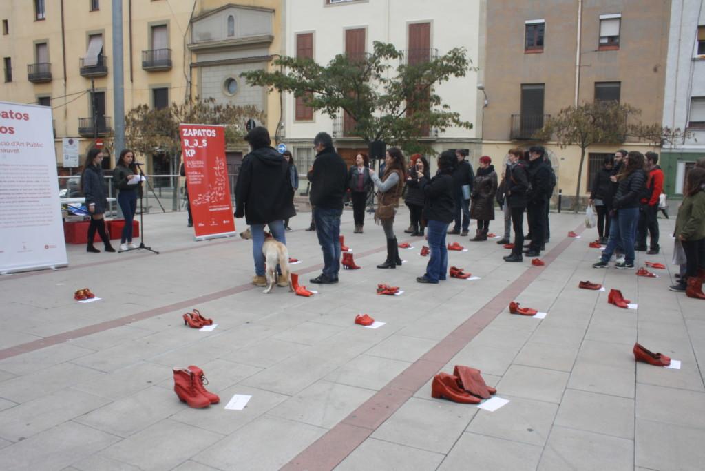 zapatos-rojos-capellades-25n-veuanoia