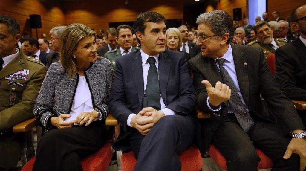 Barcelona 2 12 2016 politica Enric Millo Jose Luis Ayllon i Llanos de Luna durante la celebracion del la constitucion espanola Fotografia de Joan CORTADELLAS