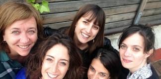 anna maria ricart amb la directora i actrius de Les Supertietes - La Veu de l'Anoia - VeuAnoia.cat