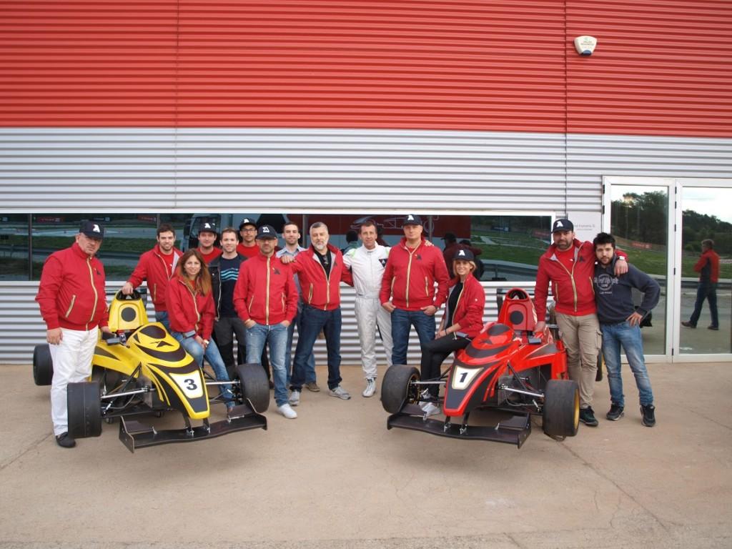 Participants al curs del juliol, amb David Bosch i Giacomo Franciosa al mig.
