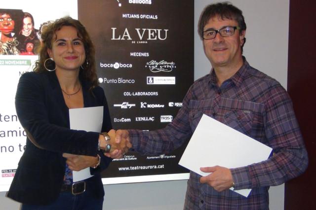 Pia Prat, directora general de Publicacions Anoia; i Lluís Segura, president d'Unicoop Cultural.