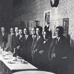 2a. Inauguració del local social 15-4-1930. Esquerra a dreta Copi, Serra, Samarach, Pomés, Godó, Lladó (alcalde), Mata (president), Borràs i Mateu. (1)